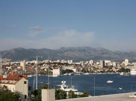 A picture of the hotel: Apartman Luiza Split