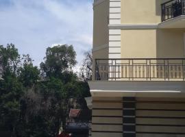 Foto do Hotel: Eco House Apartments at Ibraimova str.