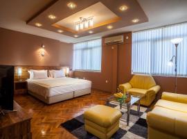 Hotel near 揚博爾