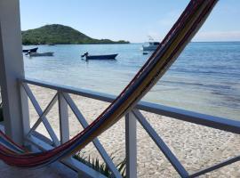 Hotel photo: Posada Old Town Bay