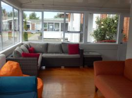 Hotel photo: Thomas's Catlins Lodge and Camp Ground