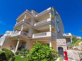Hotel Photo: Apartments in Crikvenica 5367C