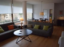 A picture of the hotel: Apartment Arquitecte Sert 18