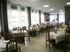 A picture of the hotel: Hostal El Altet