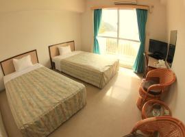 A picture of the hotel: Tokashiku Marine Villege
