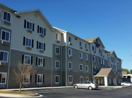 A picture of the hotel: WoodSpring Suites Wichita Airport