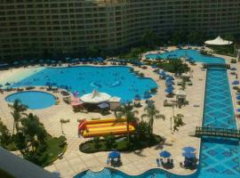 Hotel photo: Apartments in Porto Shokna Pyramids (Families Only)