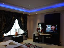 Hotel photo: Al Janaderia Suites 3