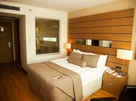 Foto di Hotel: Crowne Plaza Ankara