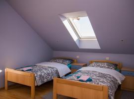 Hotel photo: Rooms Bau Bab