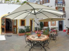 Hotel Photo: Al Giardino Dell'Alloro