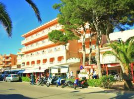 Hotel photo: Hostal Alcina