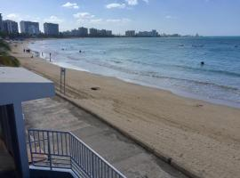 A picture of the hotel: Playa Mar Beachfront Apartment at Isla Verde