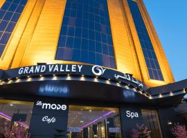 Hotel photo: Grand Valley Hotel