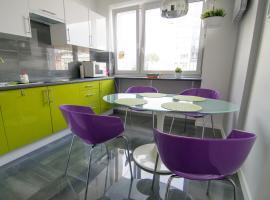 Hotel photo: Bright Apartment Hoza