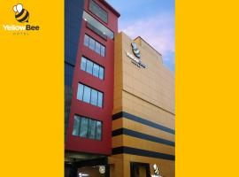 A picture of the hotel: Yellow Bee Hotel Tangerang