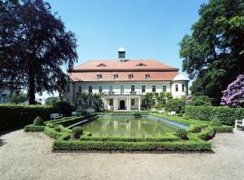 Hotel Photo: Hotel Schloss Schweinsburg