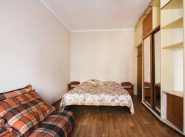 Hotel photo: Central Apartment-Studio on Malaya Zhytomirskaya 10