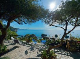 Hotel Photo: Villa con discesa a mare privata
