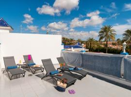 Hotel Photo: Bungalow Pasito Blanco Porto Mare 44