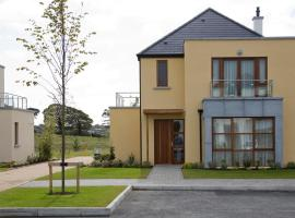 Hotel Photo: Waterford Castle Hotel Lodges