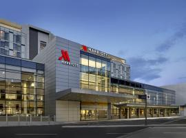 A picture of the hotel: Calgary Airport Marriott In-Terminal Hotel