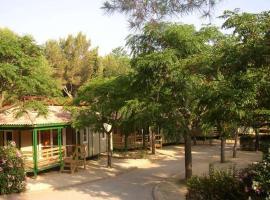 Hotel photo: Chalet Camping Vilanova Park 1
