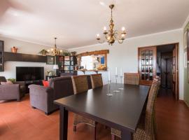 """Hotel photo: """"HomeySuite"""" in Estoril Beach Apartment"""