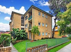 Hotel Foto: Airy Unit in the Heart of Rockdale
