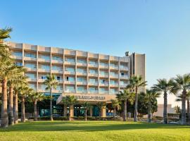 Hotel near קפריסין