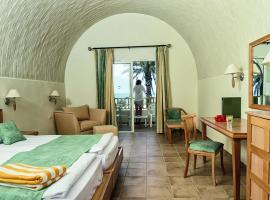 Hotel Foto: SunConnect Delfino Beach Resort & Spa