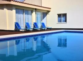 Hotel photo: Ocean Bay Villa