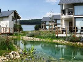 Hotel Photo: Villa Domaine Golden Lakes Village 5