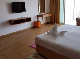 A picture of the hotel: Viewtalay 6 rental by owners