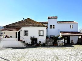 Hotel photo: Casas do Adro