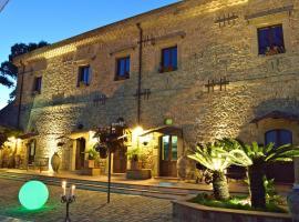 Foto di Hotel: Agriturismo Vecchia Masseria Charme&Relax