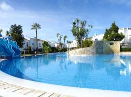 Hotel Photo: Real de La Barrosa 46