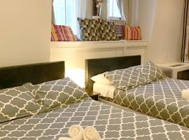 Hotel photo: Manhattan Studio Apartments