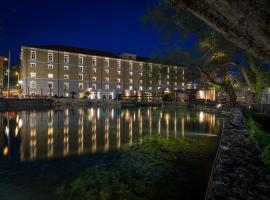 Hotel photo: Hydrama Grand Hotel
