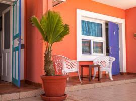 Hotel photo: La Madrague-Surf Beach Sea