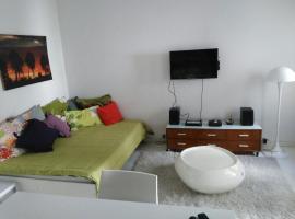 Hotel Foto: Gorriti 235