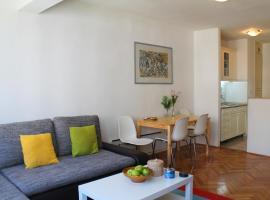 Hotel Photo: Apartment Lux