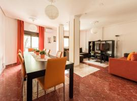 A picture of the hotel: Apartamentos El Rastro