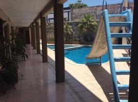 Foto di Hotel: Hotel Aaktun Kay