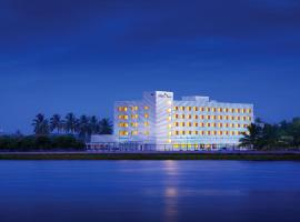 A picture of the hotel: Hotel Naveen Lakeside