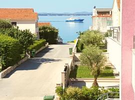 Hotel photo: Villa Pino with Jacuzzi