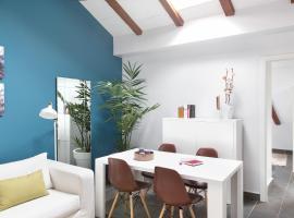 Hotel photo: Carretas Attics Apartments