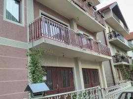 A picture of the hotel: Bani Apartments