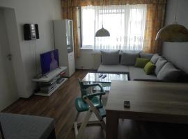 Hotel photo: Ferienwohnung-Nähe Zwenkauer See