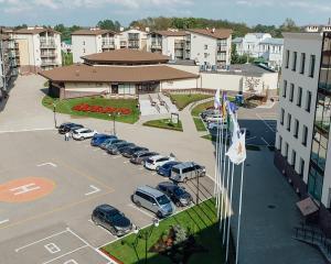 Отель Любим